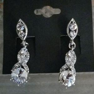 🌟2/$15 Classic Elegance Rhinestone Earrings NWT